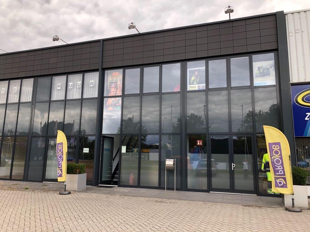 Nieuwe locatie FAS Bedrijfskleding Modem Coevorden