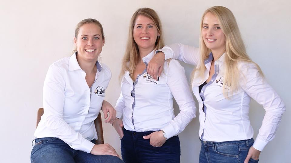 Sisters lunchcafé in Emmen, bedrijfskleding via FAS